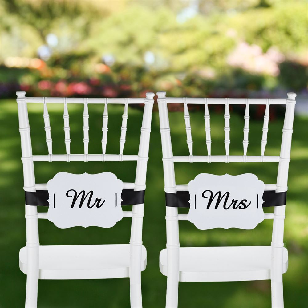 Mr And Mrs Scalloped Chair Banners Ann S Bridal Bargains